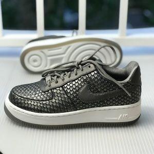 hot sale online 224f6 98d12 Pewter Poshmark Force 1 Mtls Prm Wmns Nike Air Upstep Shoes